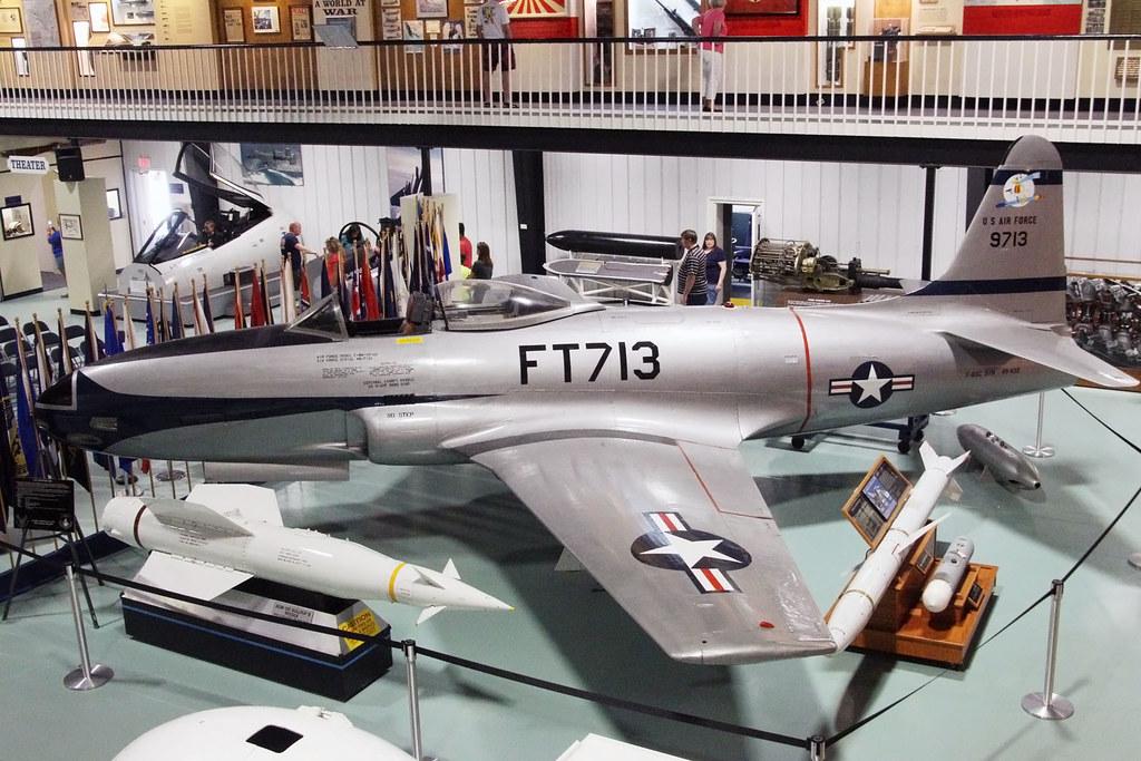 Lockheed P-80C USAF 49-0432/9713/FT713
