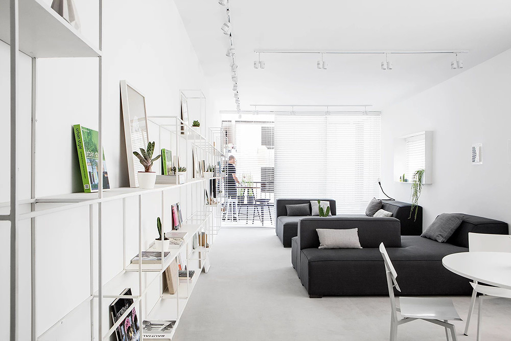 SIG black and white apartment by Yael Perry Sundeno_08