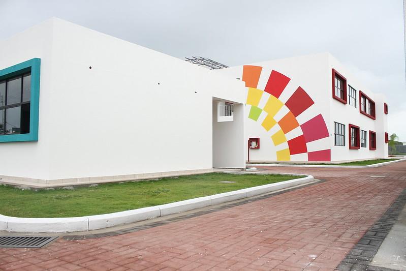 Inauguración de la UEM Simón Bolivar