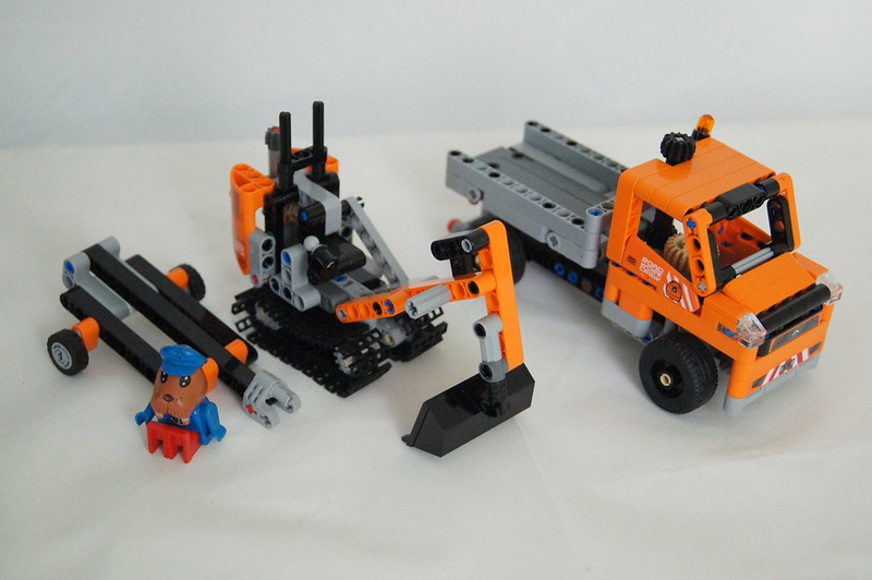 review 42060 roadwork crew lego technic and model team. Black Bedroom Furniture Sets. Home Design Ideas