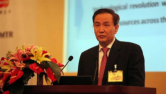 Zhongcai Office Director Liu crane won China's top economics awards are considered here the core think tank