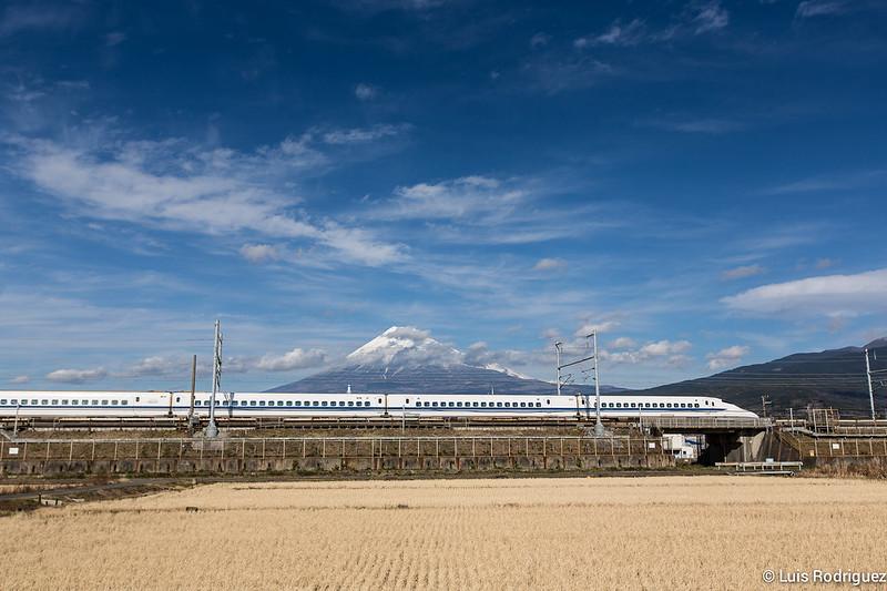 Shinkansen-Monte-Fuji-44