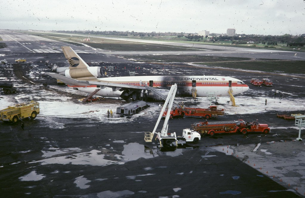Lax March 1 1978 Dc 10 Crash Book 710 On The Drizzly