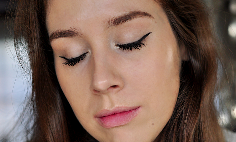 stylelab-maybelline-master-precise-curvy-liner-lash-sensational-luscious-blend-mascara-swatches-1