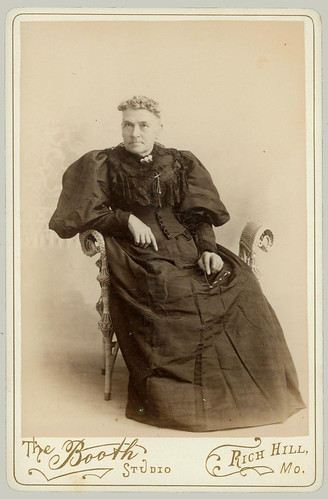 Cabinet Card seated woman
