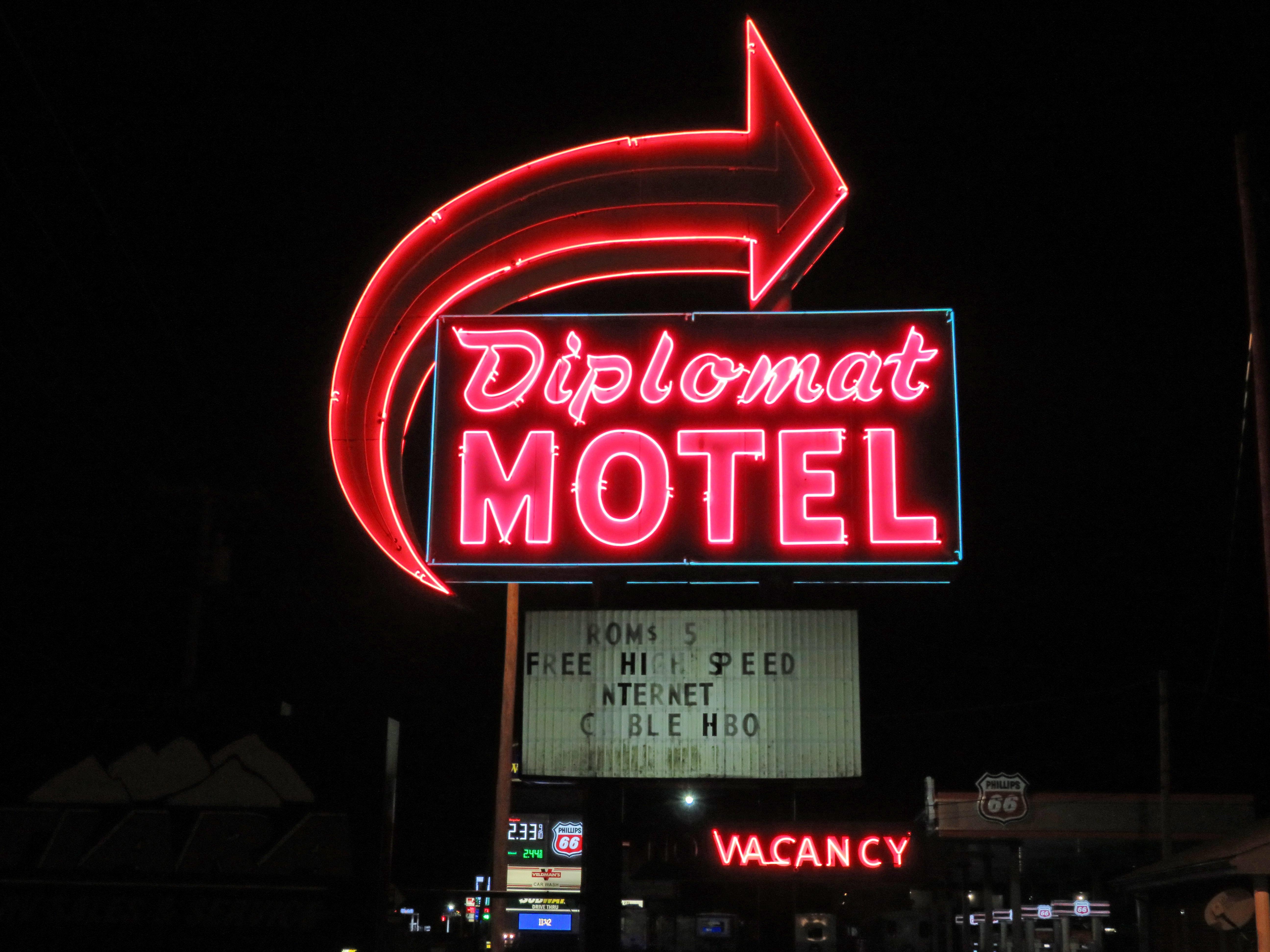 Diplomat Motel - 3300 Cassopolis Street, Elkhart, Indiana U.S.A. - March 4, 2017