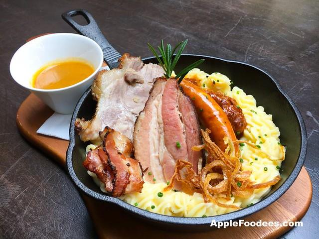 Brotzeit German Bier Bar & Restaurant - Farmer's Plate
