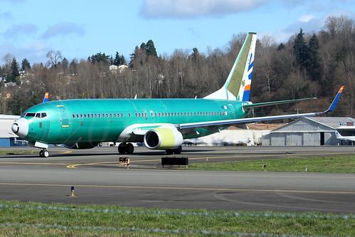 Boeing 737-8HC(WL) SunExpress LN6335