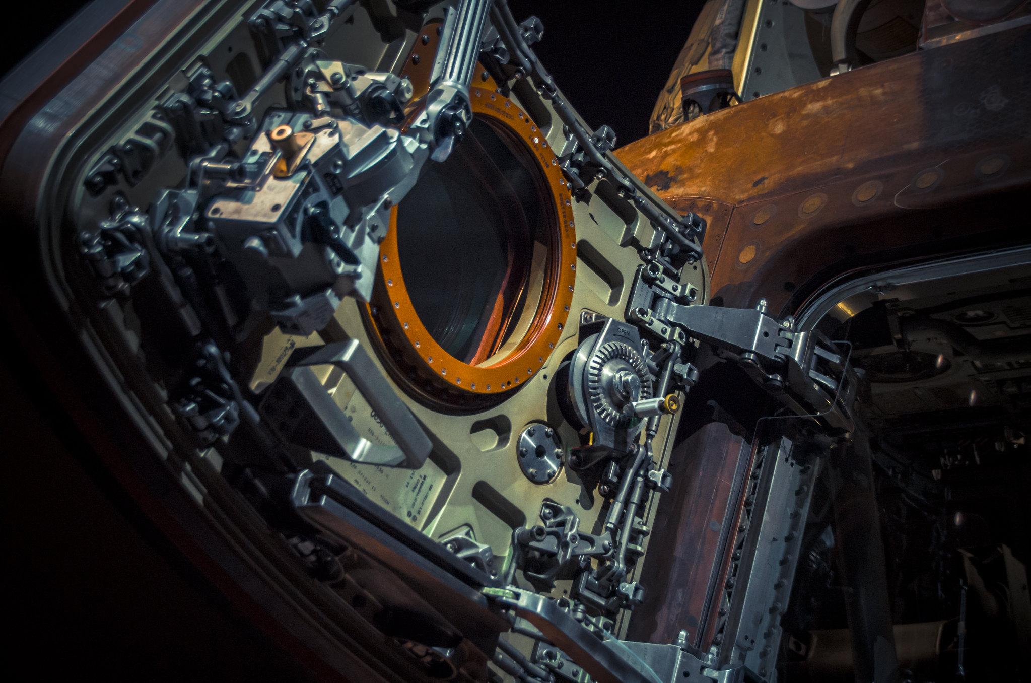 Apollo 14 Command Module Door - NASA Engineering