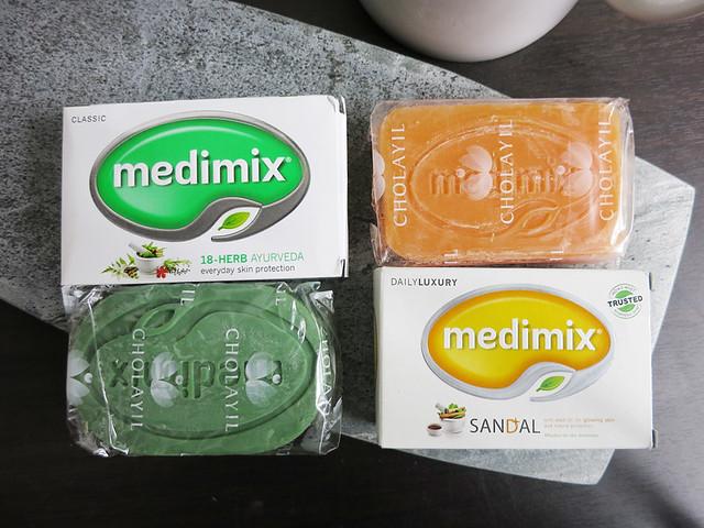 Himalaya Medimix MERRY BELL 草本藥皂 肥皂 痘痘 過敏
