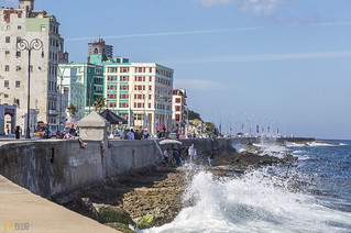 Filming in the Malecón - havana cuba - 03 | by Eva Blue