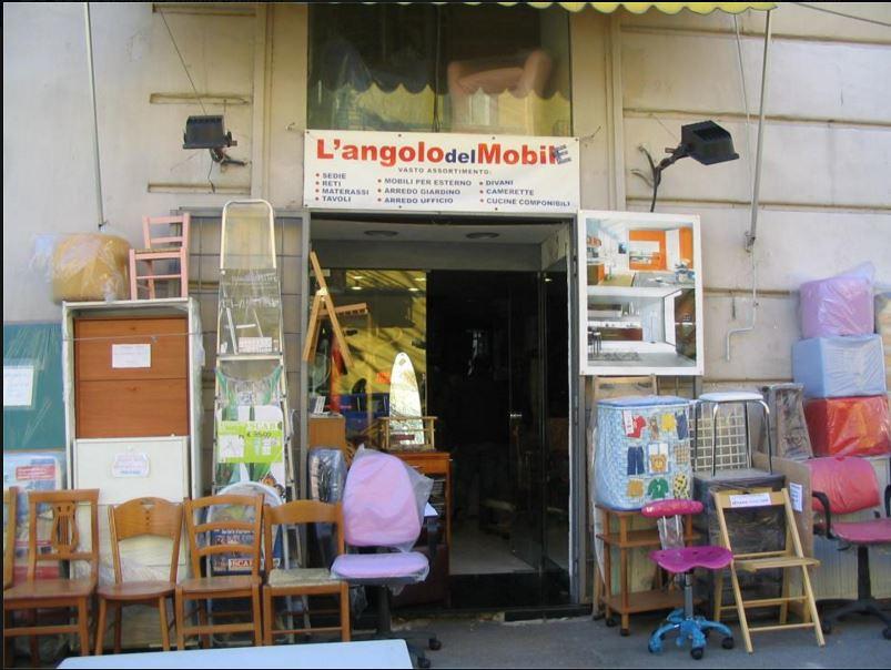 L Angolo Del Materasso.L Angolo Del Mobile Napoli Flickr