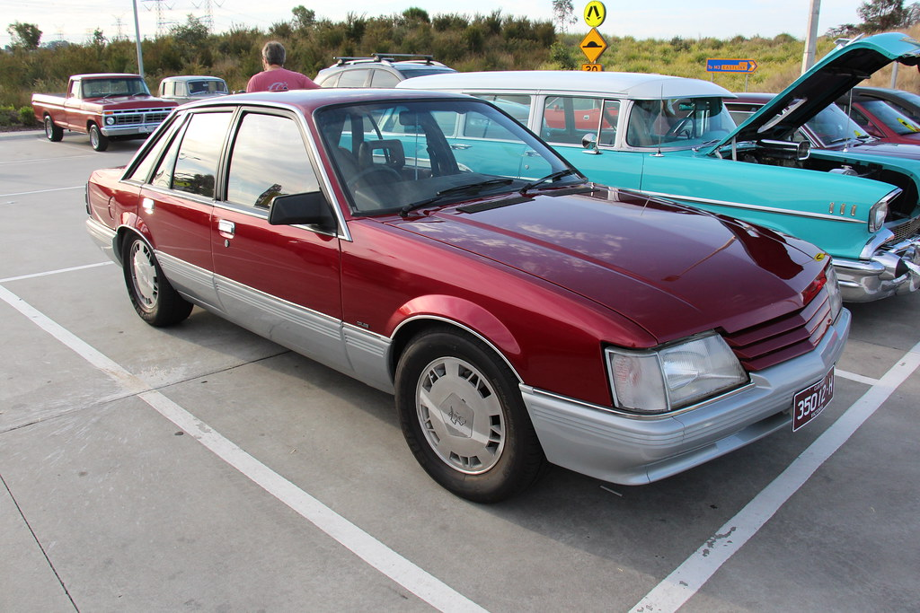 1985 Holden Vk Calais Sedan The Vk Commodore Was Built