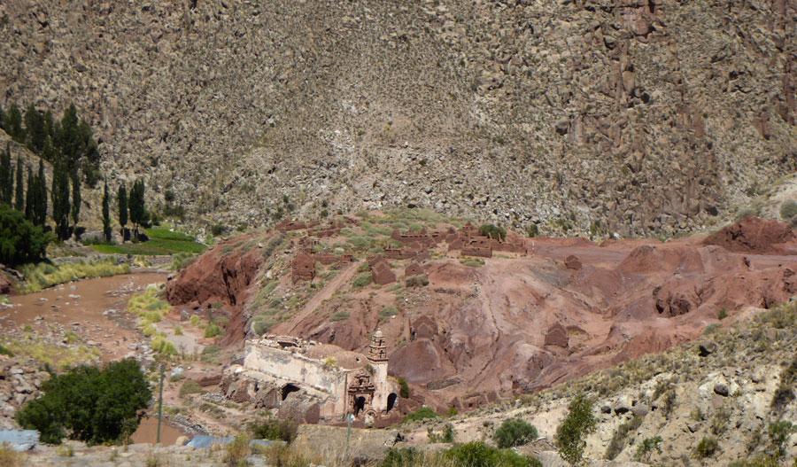 Aproximación a la población de Salinas de Yocalla. Autora Cinthia Giménez Arce, diciembre 2016