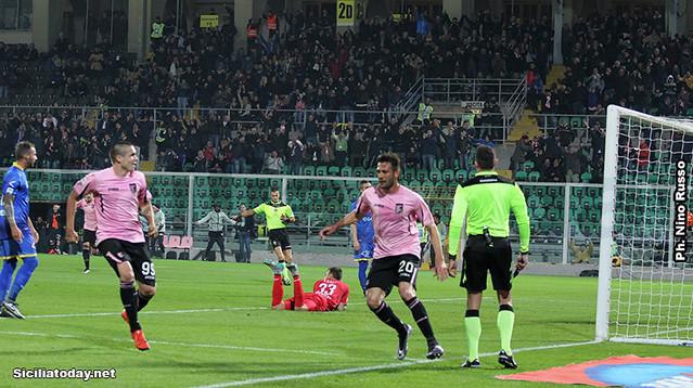Palermo, poker al Frosinone: 4-1 rosanero$