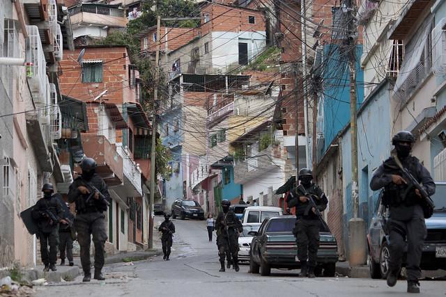 Nueve abatidos y 50 detenidos durante OLHP en El Valle, Caracas