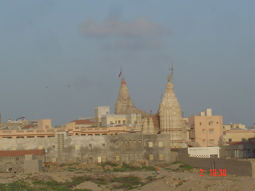 DSC03826 Dwarakanath Temple from distance