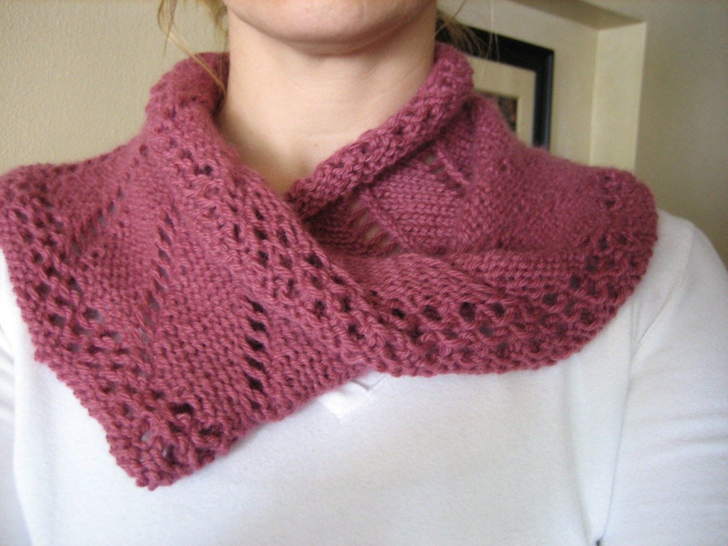 Moebius Ambrosia Scarf Pattern: Moebius Scarf by Cat Bordh? Flickr
