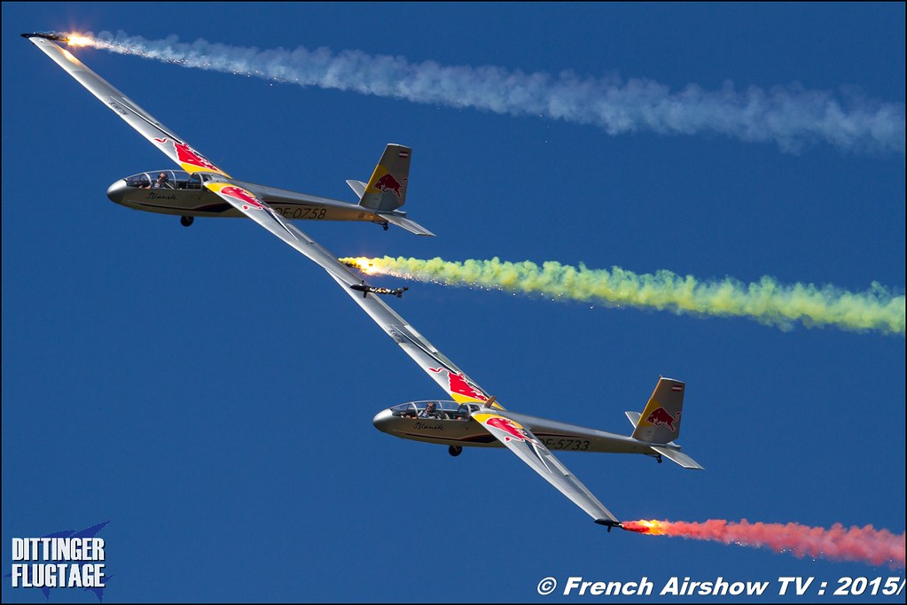 Blanix Team , Acrobatics Team , Blanik L 13 , 2 gliders ,DITTINGER FLUGTAGE 2015 , Internationale Dittinger Flugtage , Dittingen Flugtage 2015 , Suisse Airshow , Dittinger Flugtage, Meeting Aerien 2015