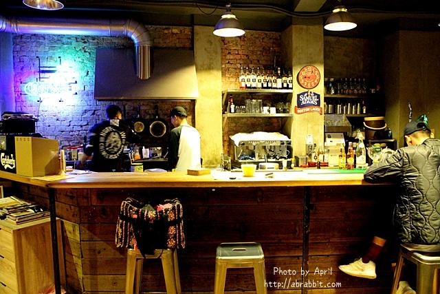 33168353082 d933643b22 o - 美國時間 Migocigen café,近一中商圈,深夜來份邪惡的熔岩起司薯條吧!(已歇業)