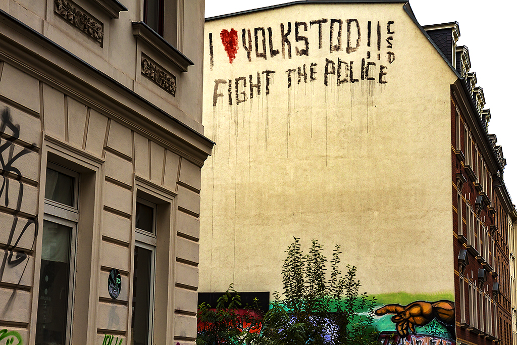 FIGHT THE POLICE graffiti in Connewitz--Leipzig