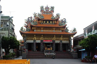 三座廟宇是社區民眾活動的重心。攝影:廖靜蕙