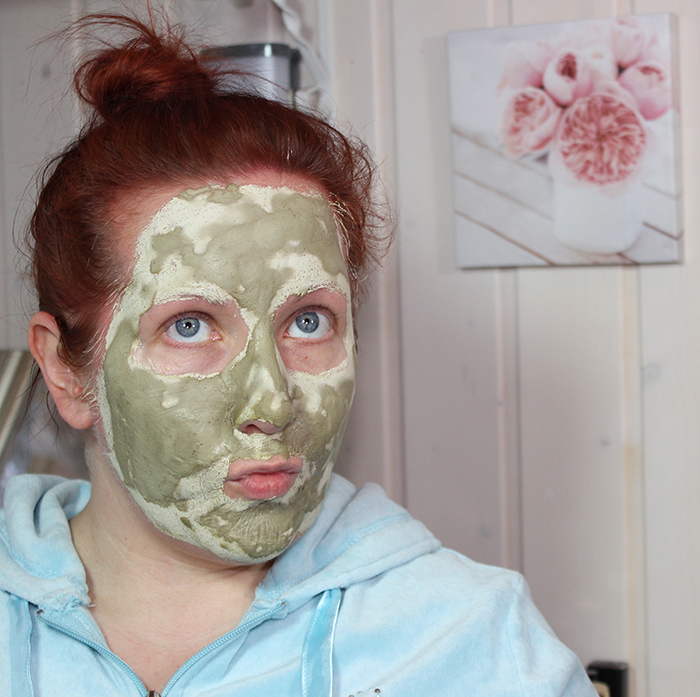Signe Seebid Cucumber and Tea Tree face mask RiaG Beauty Blog
