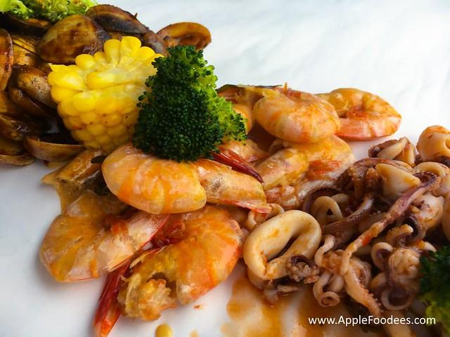 Blue Inn Seafood Kepong - Buttermilk Prawn