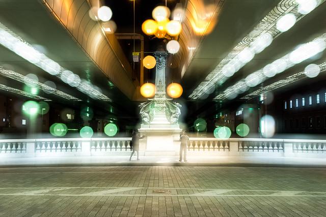 日本橋を多重露光で撮影した写真