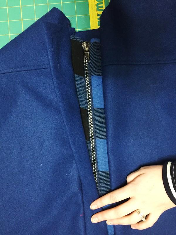Plaid zipper band