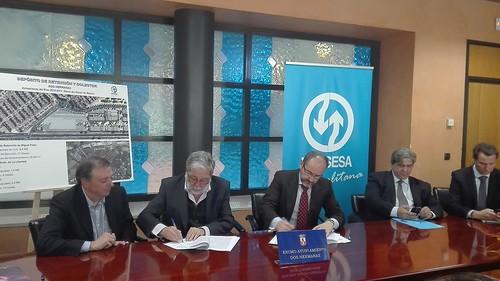 Firma del contrato de construcción del nuevo tanque de tormenta