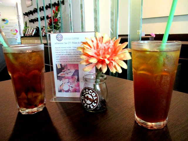 Cocoa Coffee iced lemon or peach tea