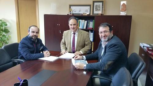 AionSur 32722382476_6d78d54a7c_d Confederación Hidrográfica anuncia el arreglo completo de la carretera Guadajoz-Los Rosales Carmona Provincia