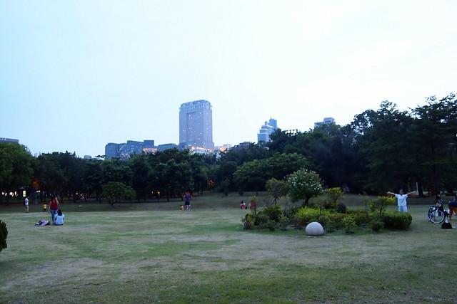 高雄市中央公園。攝影:李育琴。