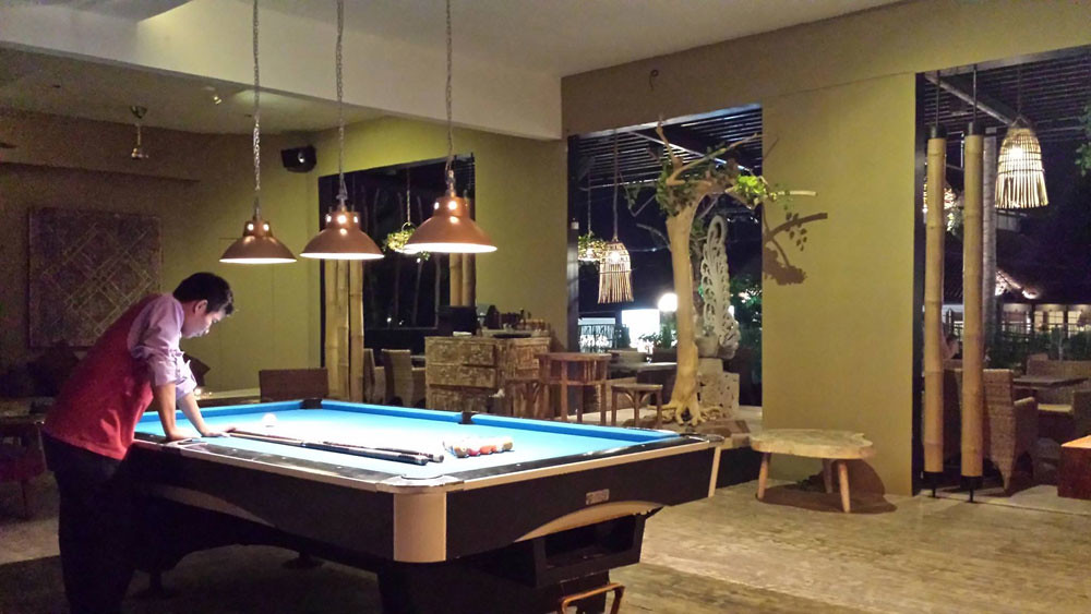 10-pool-table