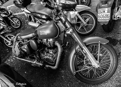 Royal Enfield | by Agua Limpia