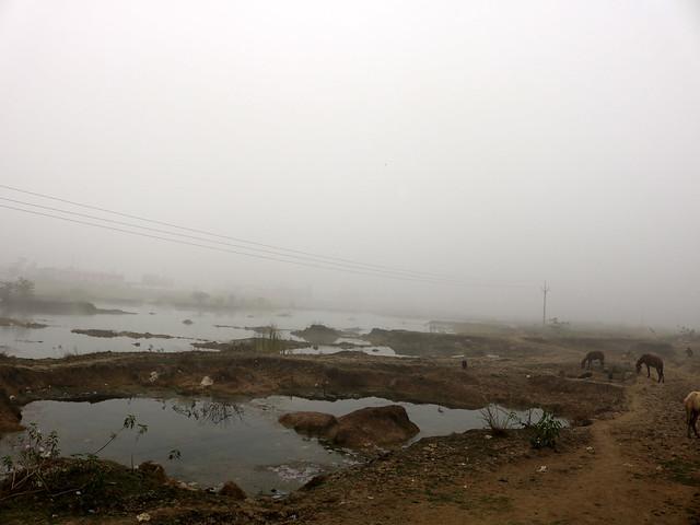 गड्ढों में तब्दील सीता सागर