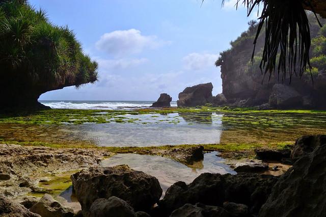 Dadap Ayam Beach
