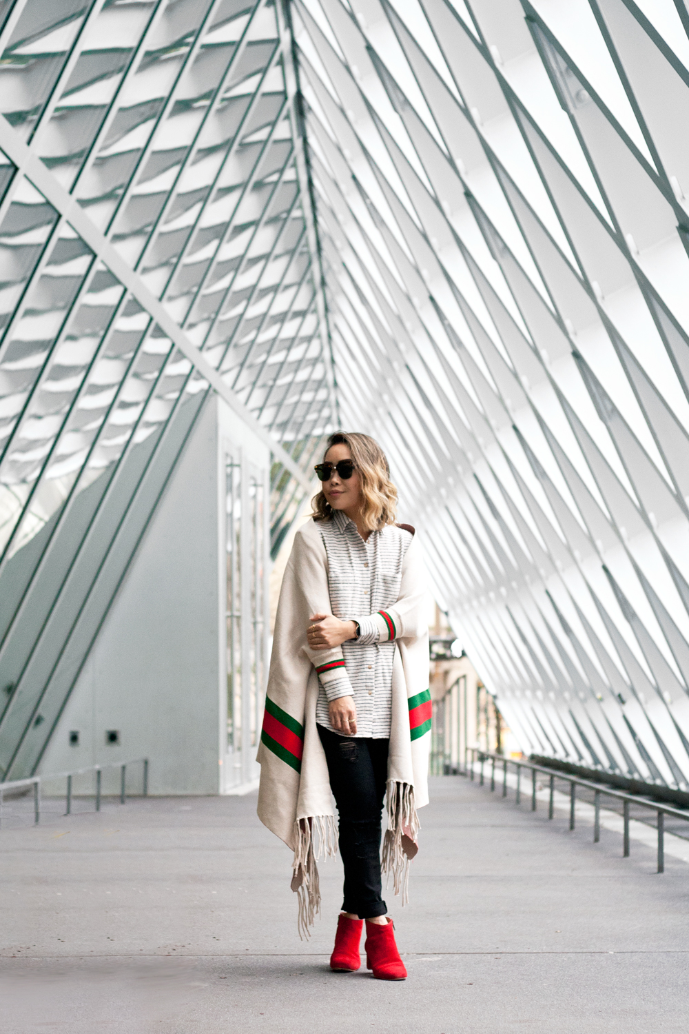 03seattle-library-madewell-travel-style-fashion