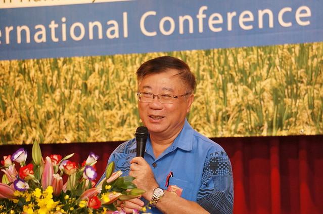 陳保基指出農政單位應發展生態友善農業。照片提供:農委會花蓮農改場。