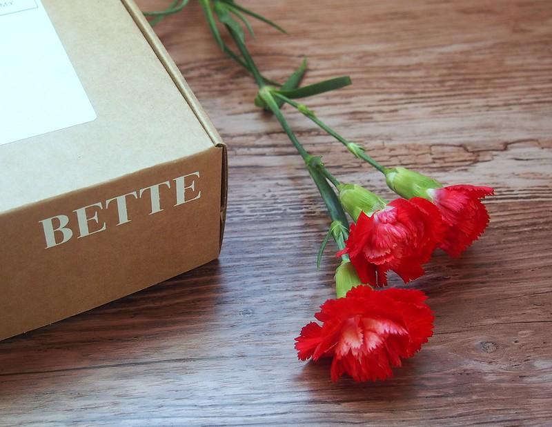 Helmikuun Bette Box