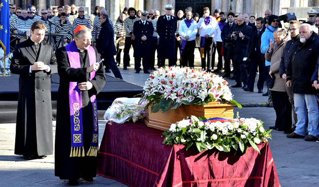 Funeral católico