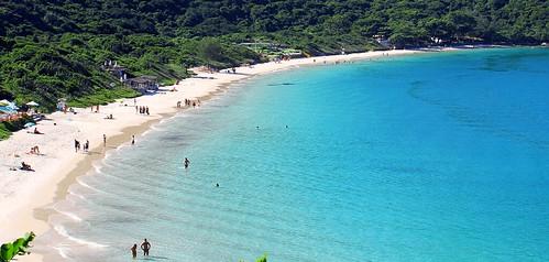 Arraial-do-Cabo-RJ-Praia-do-Forno-min-1024x488