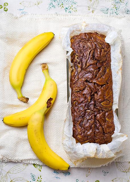 Banana bread with nutella