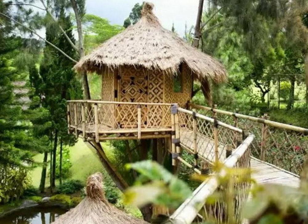 2-villa-lembang2-by-travelmobau