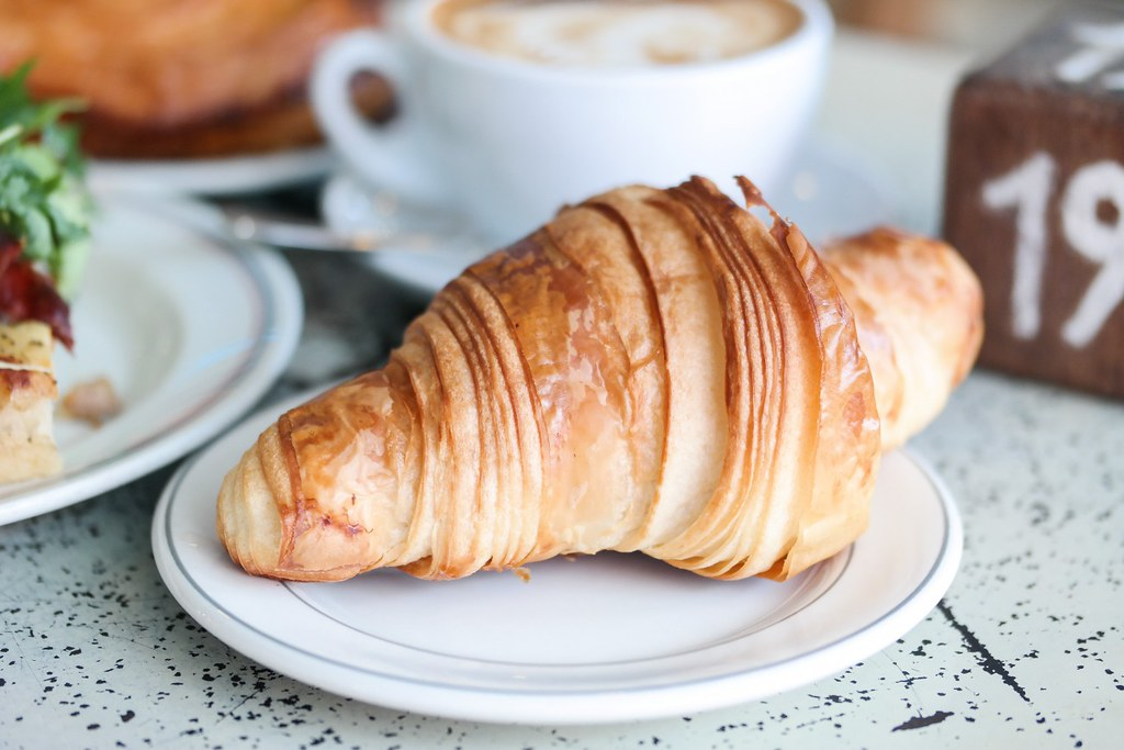 tiong-bahru-bakery-croissant