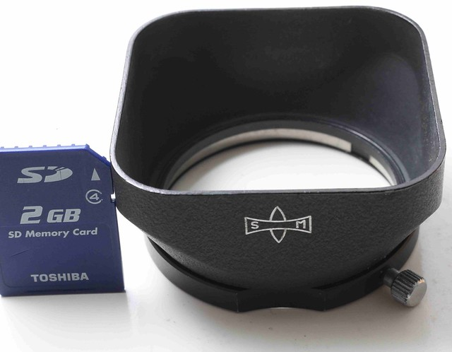 二手鏡頭 香港 . . . Mamiya SM   48mm口徑     方型金屬遮光罩