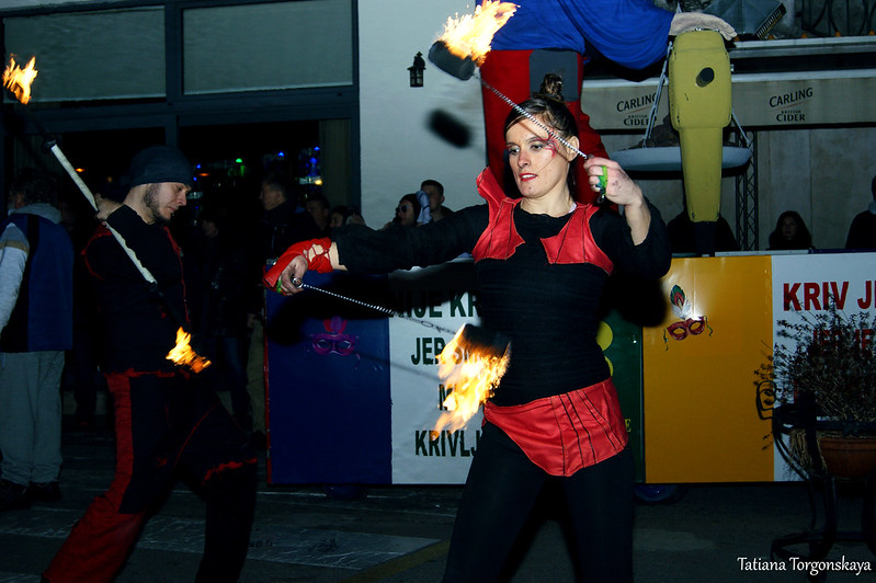 Огненное шоу возле Городской кафаны