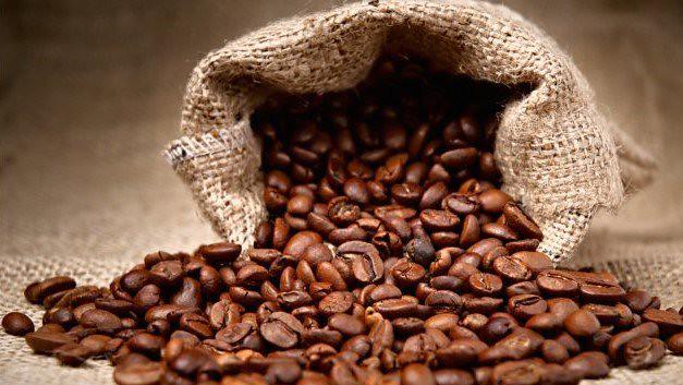 selanik, kahvehane, kahve ticareti, osmanlı kahvesi, yemen kahvesi, mırra, Isparta, Ayfer Aytaç, ayferaytac.com