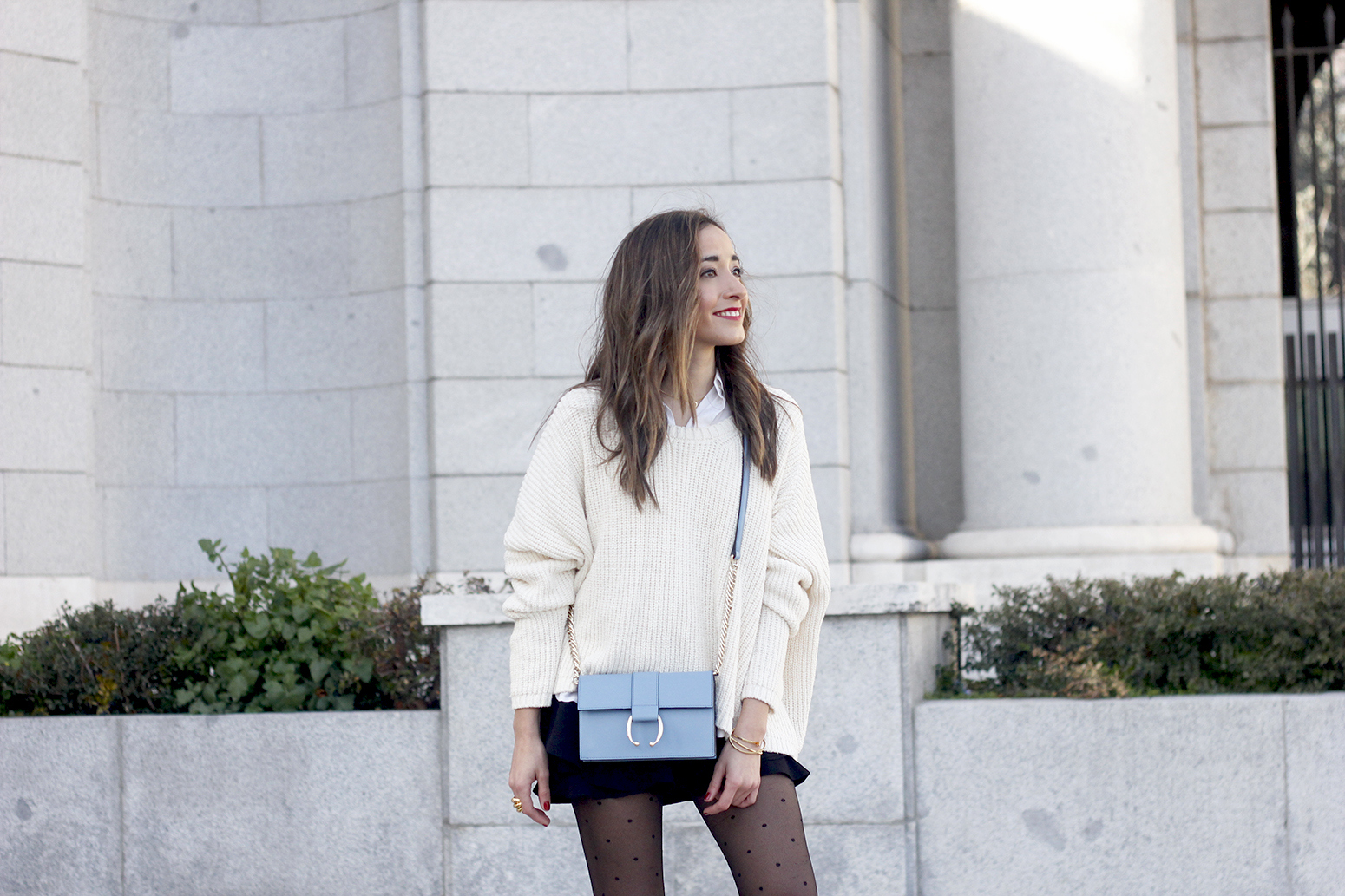shorts with ruffles white sweater black heels uterqüe bag 14